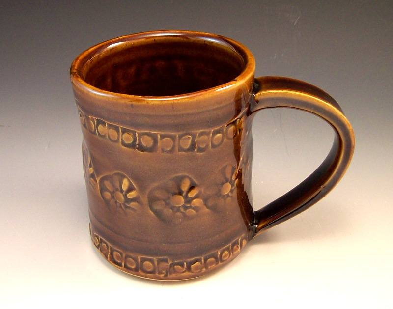 pine cone pottery mugs welcome to anne maries pottery and gifts
